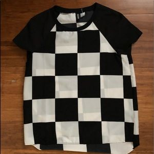 Tops - Checked black and white shirt
